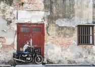 Malaysia-Reisen-Georgetown-Motorrad 1.jpg