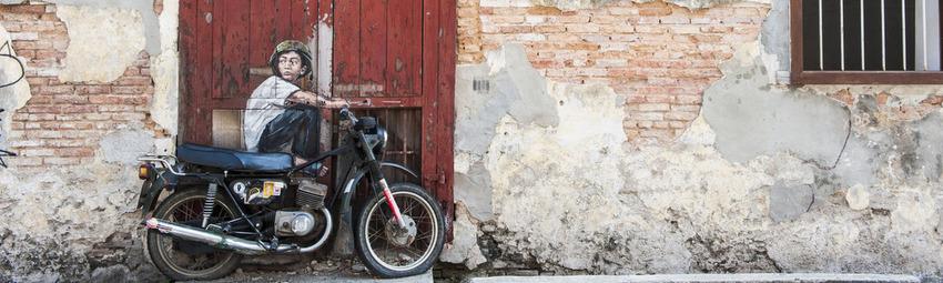 Malaysia-Reisen-Georgetown-Motorrad 2.jpg